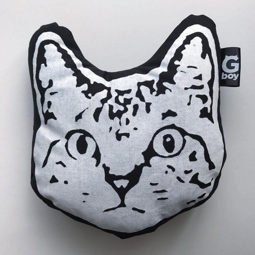 シックな猫柄雑貨が大人気のG-boy