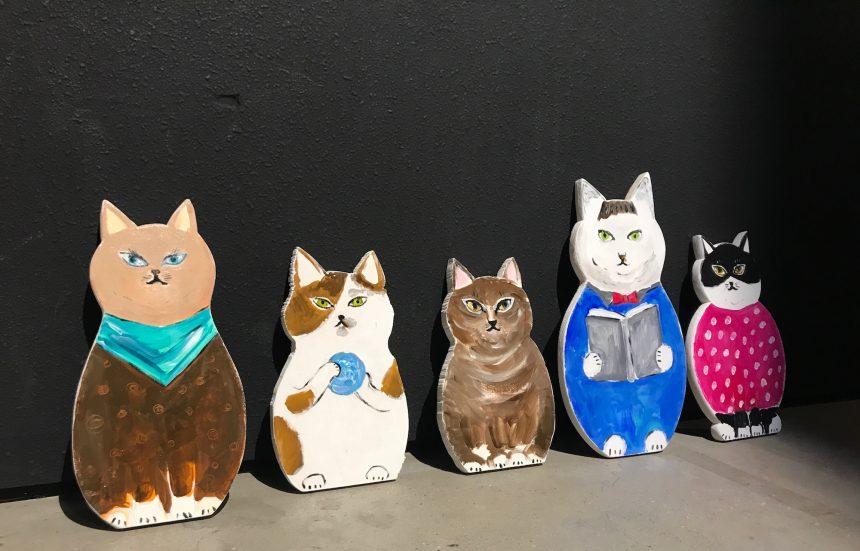 木型猫の先輩方も応援しています♪